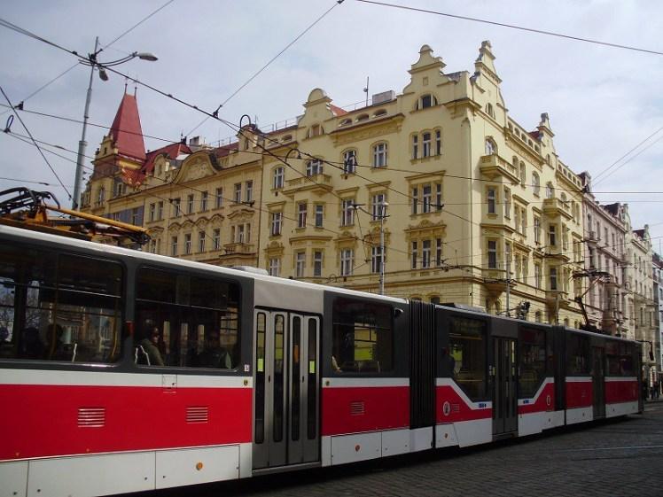 Os bondes de Praga.